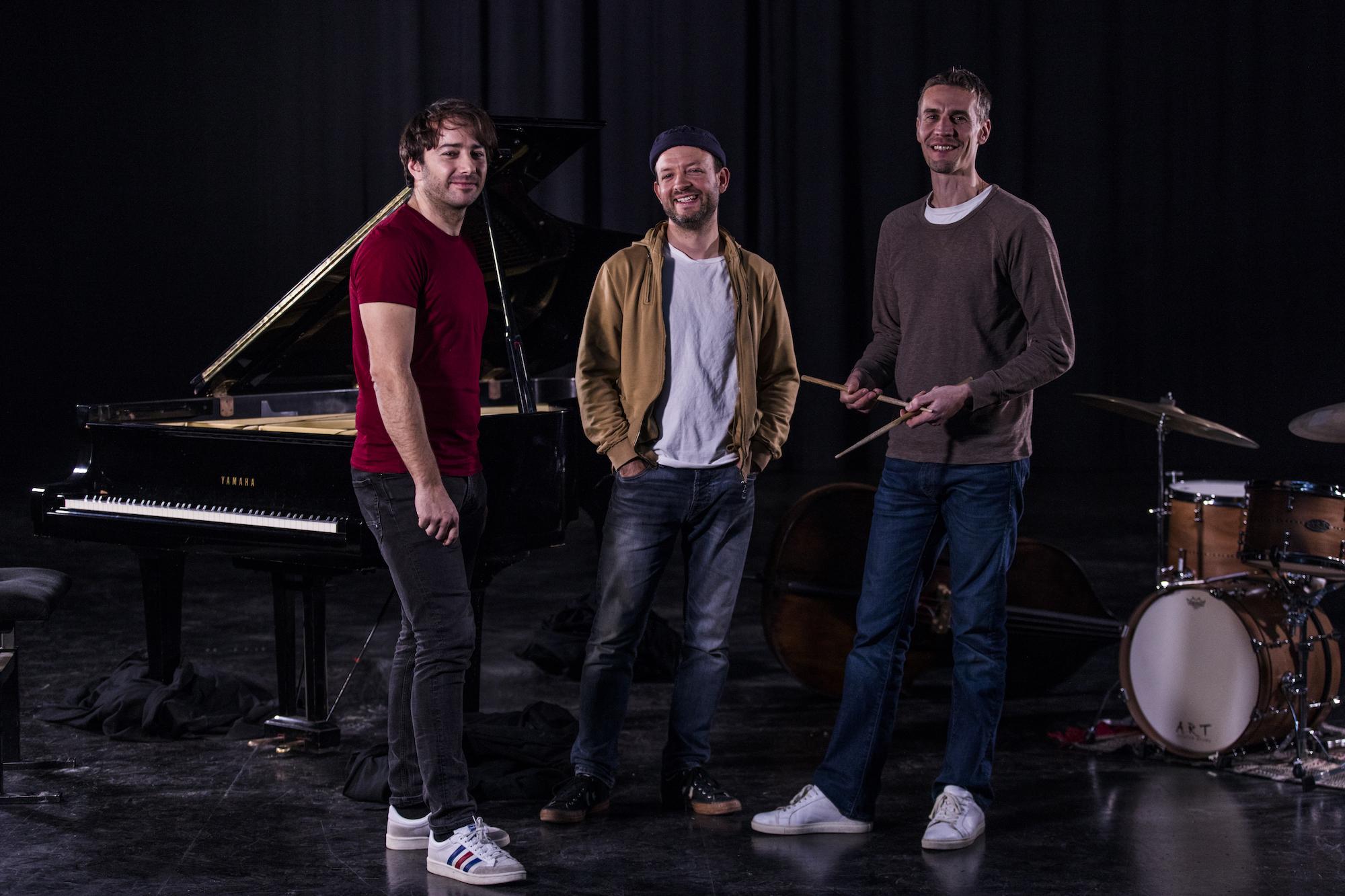 julien-bruneteau-trio-profil-web